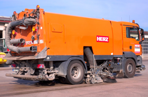 Kehrmaschine Kehrgut Kehrarbeiten Hochdruck Wildkrautbesen Reinigung Straße Strasse